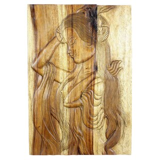 Handmade Acacia Antique Oak Oil Phuying 20 x 30-inch Carved Wall Panel (Thailand)