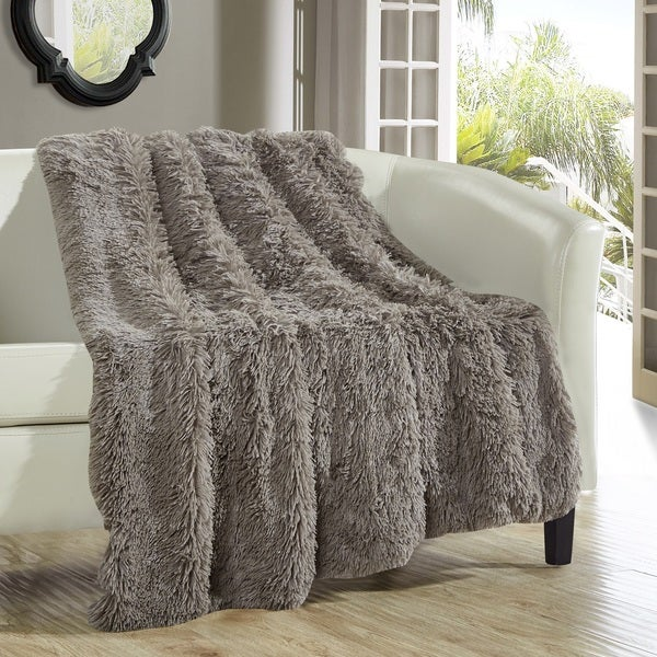 shop chic home juneau taupe faux fur throw blanket on sale free shipping today overstock. Black Bedroom Furniture Sets. Home Design Ideas