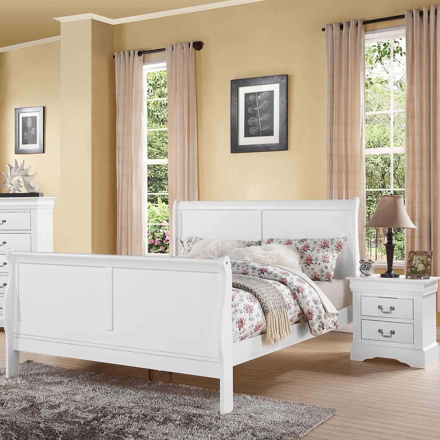 ACME Louis Philippe III White Wooden Bed (California King)