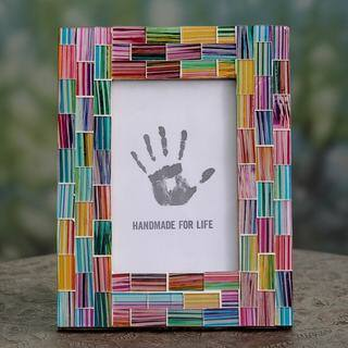 Handmade Glass Mosaic 'Indian Rainbow' 4 x 6 Photo Frame (India)|https://ak1.ostkcdn.com/images/products/12317139/P19150467.jpg?impolicy=medium