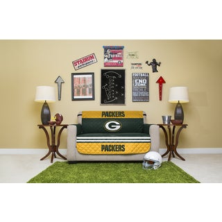 Licensed NFLGreen Bay Packers Love Seat Protector