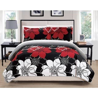 Chic Home Chase Black 7-Piece Bed in a Bag Quilt Set|https://ak1.ostkcdn.com/images/products/12324727/P19157255.jpg?impolicy=medium