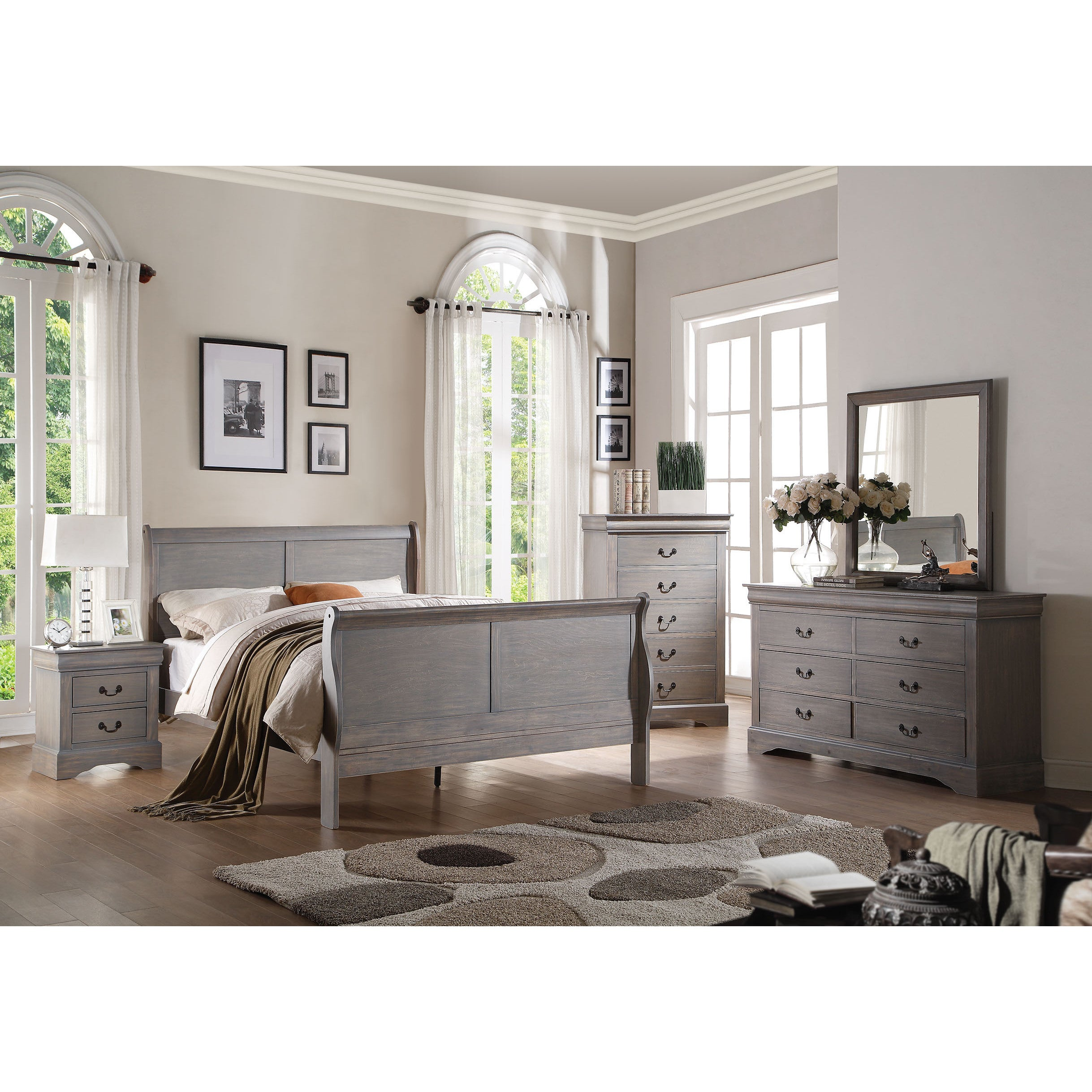 Size: Full · 4 Piece Bedroom Set In Antique Grey (4 Options Available)