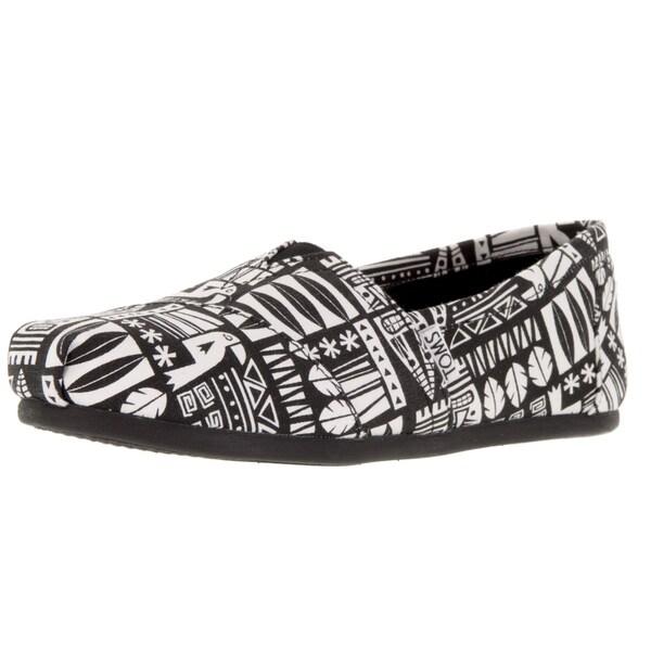 809fc039754 Shop Toms Women s Classic Black White Canvas Tiki Casual Shoe - Free ...