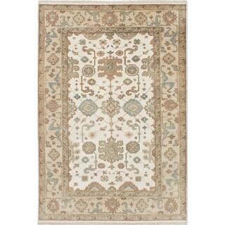 ecarpetgallery  Hand-Knotted Royal Ushak Ivory  Wool Rug (6'0 x 8'11)