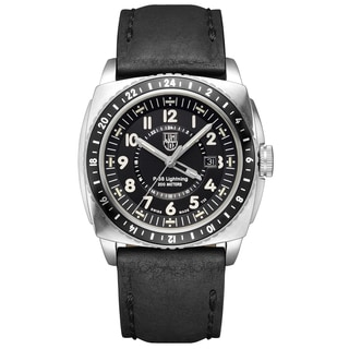 Luminox Men's 9421 P-38 Lightning 9420 Series Analog Display Analog Quartz Black Watch
