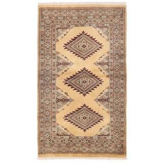Herat Oriental Pakistani Hand-knotted Bokhara Wool Rug (2'7 x 4'5)