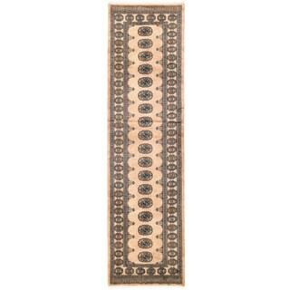 Herat Oriental Pakistani Hand-knotted Bokhara Wool Rug (2'7 x 9'9)