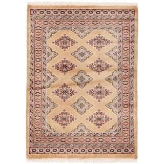 Herat Oriental Pakistani Hand-knotted Bokhara Wool Rug (2'8 x 3'8)