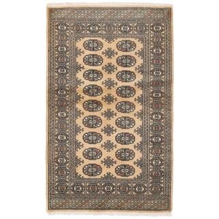 Herat Oriental Pakistani Hand-knotted Bokhara Wool Rug (3'3 x 5'3)