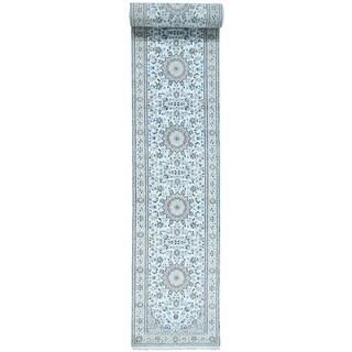 Hand-Knotted 300 KPSI Nain Runner wool/ silk Rug (2'9x19'5)