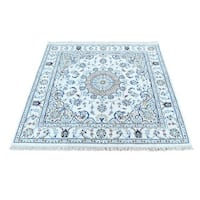 Hand-Knotted wool/ silk Nain 300 KPSI Square Oriental Rug (3'9x3'9)