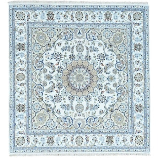 Hand-Knotted Nain 300 KPSI Square wool/ silk Oriental Rug (5'10x6')
