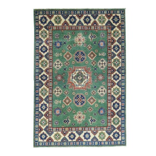 Hand-Knotted Wool Kazak Tribal Design Oriental Carpet (5'x7'6)