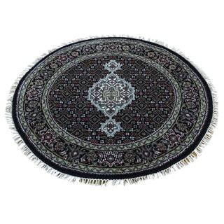 Hand-Knotted Black Round wool/ silk Tabriz Mahi Carpet (3'1x3'1)