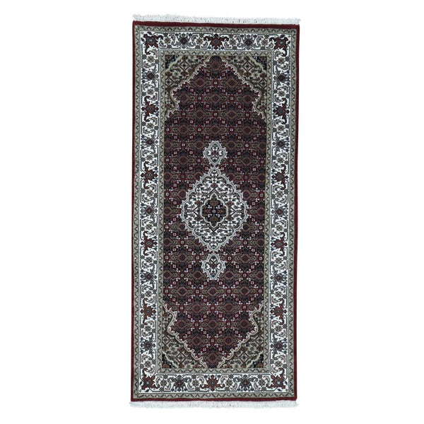 Hand-Knotted Tabriz Mahi wool/ silk Runner Oriental Carpet (2'7x5'10)