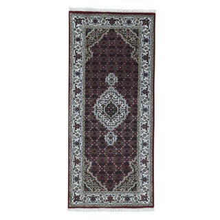 Hand-Knotted Tabriz Mahi wool/ silk Runner Oriental Carpet (2'7x5'10)