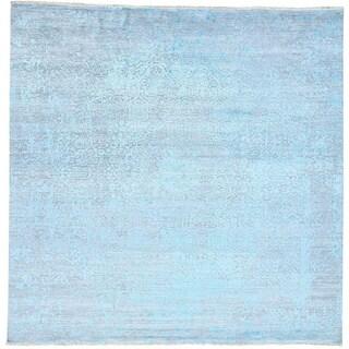 Hand-Knotted Broken Design wool/ silk Square Oriental Rug (10'x10')