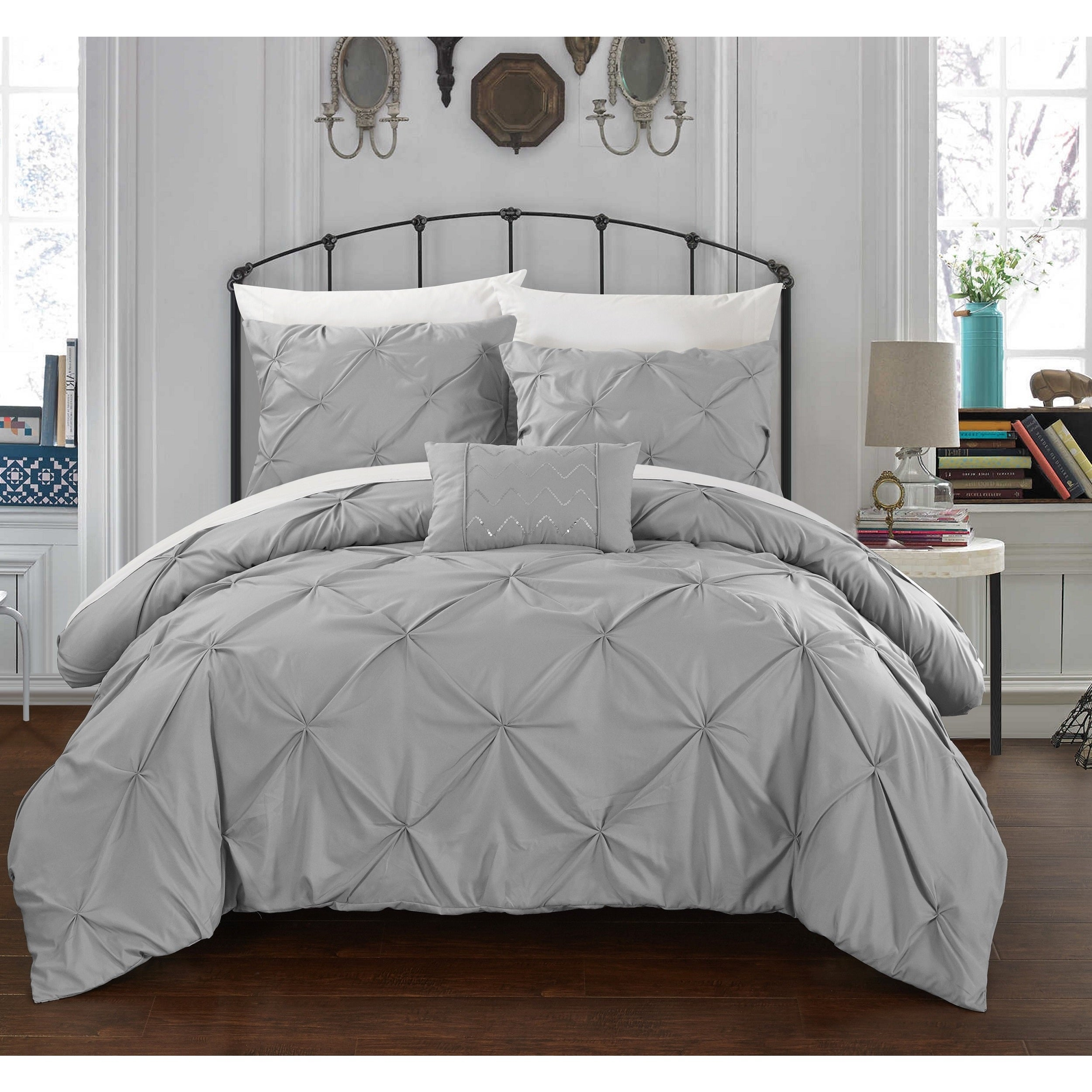Chic Home Whitley Silver Pinch Pleated 4-Piece Duvet Cover Set