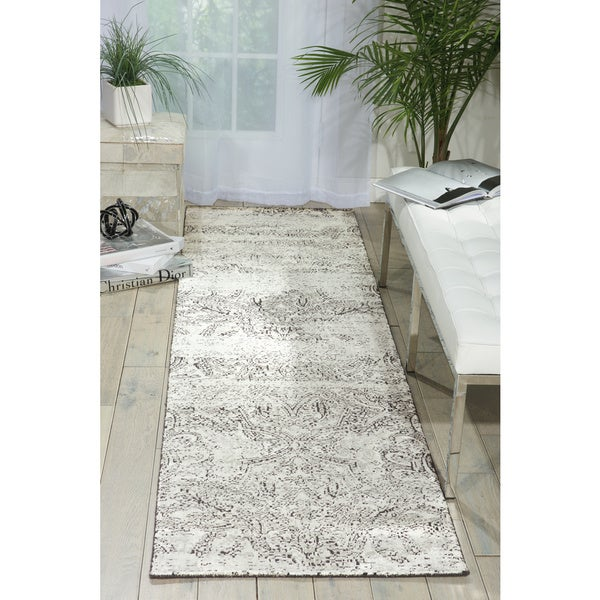 Nourison Luminance Ivory/Black Area Rug - 2'3 x 8'