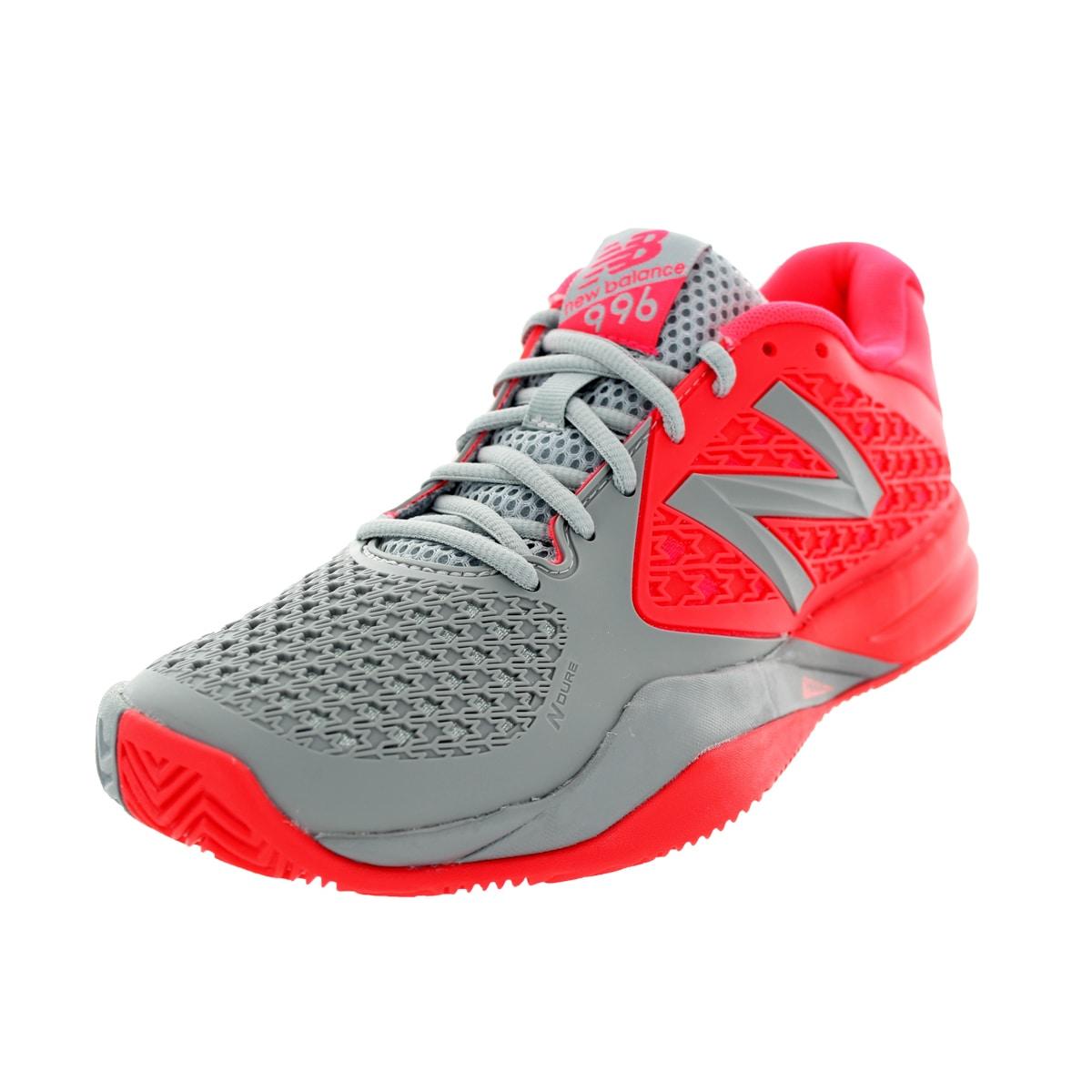 Restaurar guirnalda neumonía  New Balance Women's 996V2 Coral Pink With Grey Tennis Shoe - Overstock -  12344342