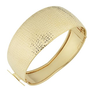 Fremada Italian 14k Yellow Gold Diamond-Cut And High Polish Bold Bangle Bracelet