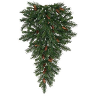 Vickerman Cheyenne 42-inch Pine Teardrop Swag With 50 Warm White LED Lights and 130 Tips