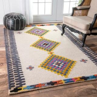 nuLOOM Handmade Tribal Diamond Beige Rug (7'6 x 9'6)