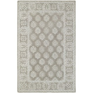 Bordered Traditional Loop Pile Grey/ Beige Rug (5' x 8')