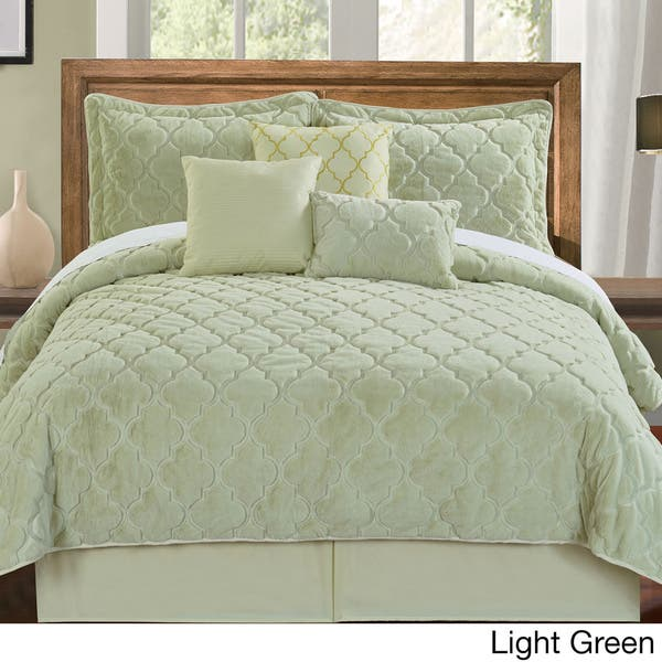 Shop Serenta Faux Fur Moroccan Design 7-piece Quilt Set ...
