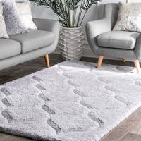 "nuLOOM Handmade Trellis Soft and Plush Solid Grey Shag Rug (7'6 x 9'6) - 7'6"" x 9'6"""
