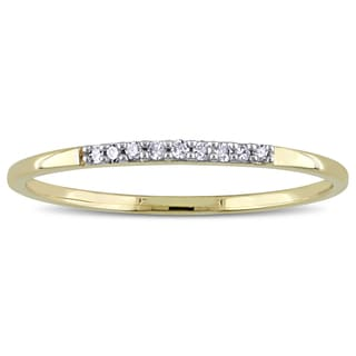 Miadora 10k Yellow Gold Diamond Accent Wedding Band