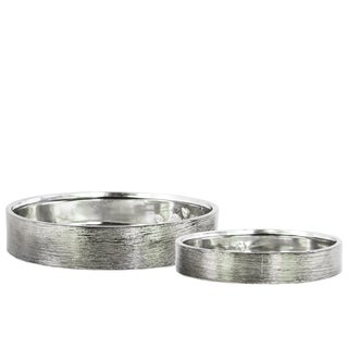 Urban Trends Collection Combed Polished Chrome Finish Silver Ceramic Round Wide Pot (Set of Two)