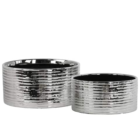 Urban Trends Collection Silver Ceramic Combed-finish Round Pot (Set of 2)