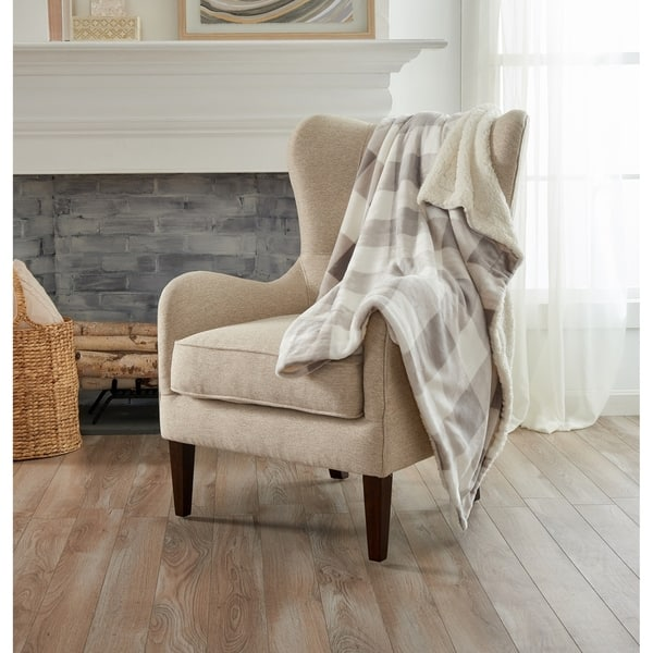 Shop Home Fashions Design Reversible Berber Faux Fur Velvet Plush Throw Overstock 12370162
