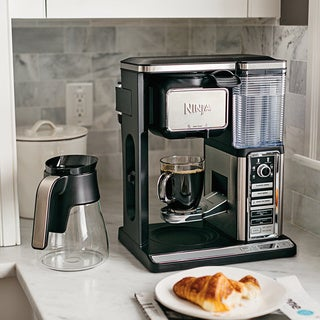 Ninja CF091 Coffee Bar Brewer with Glass Carafe