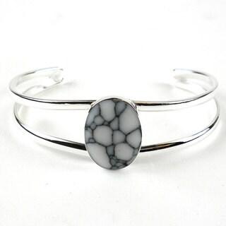 Howlite and Alpaca Silver Cuff Bracelet - Artisana Jewelry (Mexico)