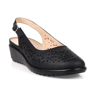 Comfeite Aruba-01 Perforated Women's Flats