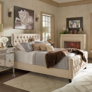 SIGNAL HILLS Knightsbridge Tufted Nailhead Chesterfield Queen Bed with Footboard