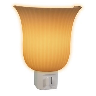 "Amertac 71042 4.125"" X 3.25"" X 2.75"" Night Light Scalloped Wall Sconce"