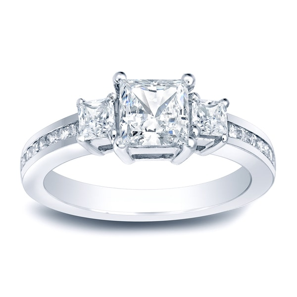 Auriya Platinum 1 1/2ct TDW Certified Princess-Cut Diamond Engagement Ring