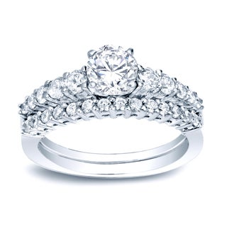 Auriya Platinum 1ct TDW Certified Round-Cut Diamond Bridal Ring Set