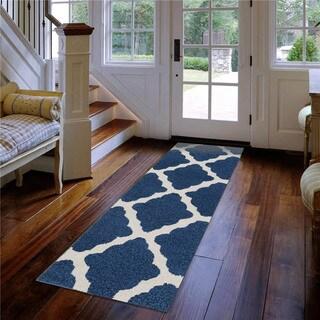 Meticulously Woven Reform Indoor/Outdoor Rug (2'7 x 7'3)