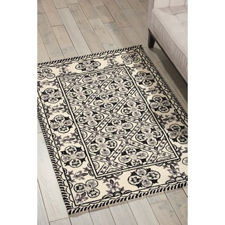 Nourison Country Heritage Black/White Area Rug (3'6 x 5'6)