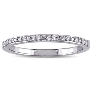 Miadora Sterling Silver Diamond Accent Wedding Band (G-H, I2-I3)