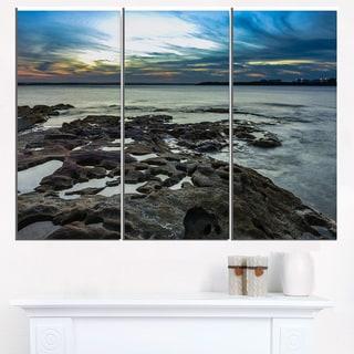 Beautiful Dark Seashore Australia - Cityscape Canvas print