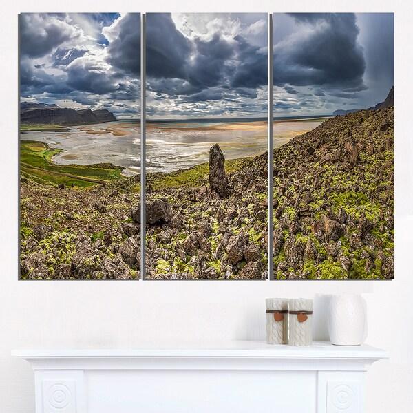 Rocky Coastline Iceland Panorama - Landscape Print Wall Artwork