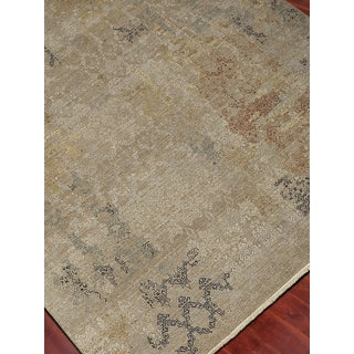 Hand-Knotted Grace Soft Camel Wool and Silk Area Rug (2'x3')