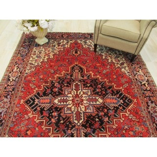 Hand-knotted Wool Rust Traditional Geometric Heriz Rug (6'9 x 9'10)
