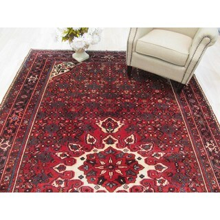 Hand-knotted Wool Red Traditional Oriental Hosseinabad Rug (7'1 x 11'2)